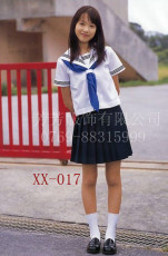 中學生校服