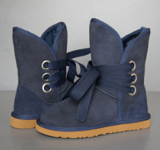Womens 5828 Roxy Sheepskin Snow Boots Navy