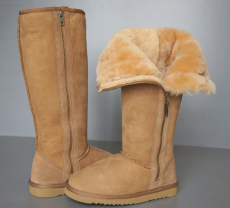 Women s Sheepskin boot in Chestnut