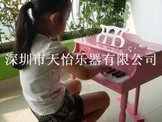 弹钢琴的基本手型之抬指奏法