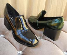 2013秋冬新款 包邮欧美复古细纹漆皮方跟粗跟真牛皮单鞋