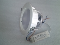 LED高亮10--40W鰭片筒燈