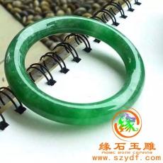 阳绿翡翠圆条手镯