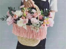 阜陽崇尚花藝培訓教您包出更好的花束
