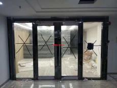 深圳廠家直銷大玻璃防火門沙井消防門安裝